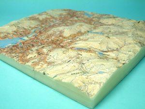 長崎市地形模型(側面(南東))